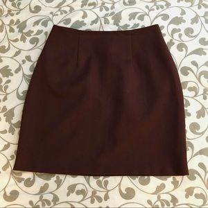 Burgundy high-waisted miniskirt